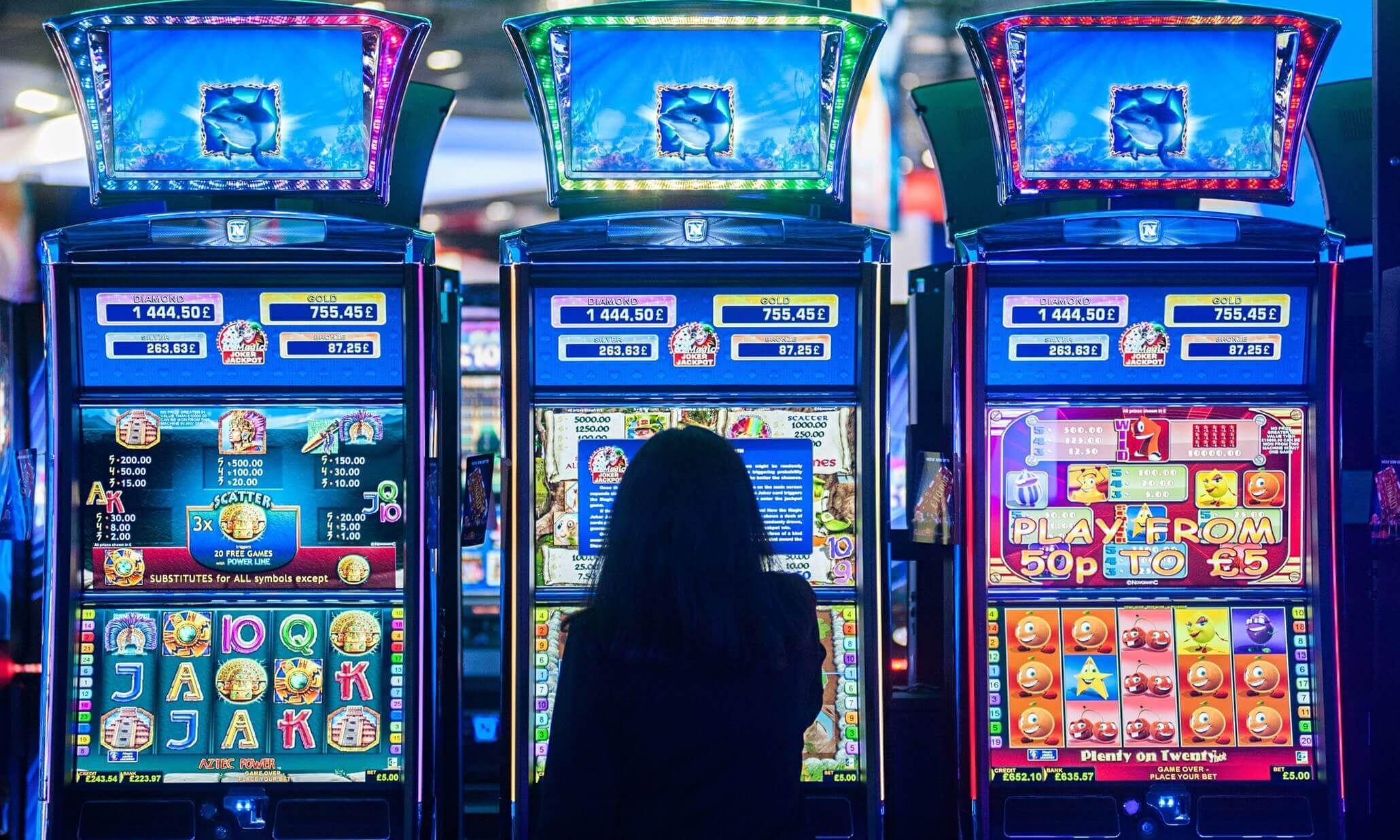 игры онлайн бесплатно азартные слоты машины